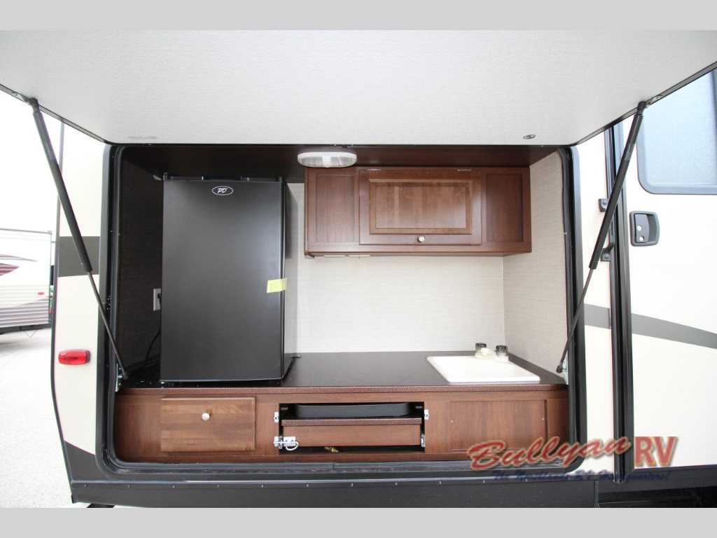 Keystone RV Premier Ultra Lite Travel Trailer outdoor kitchen - Keystone RV Premier Ultra-Lite Travel Trailer: Paving The Way In