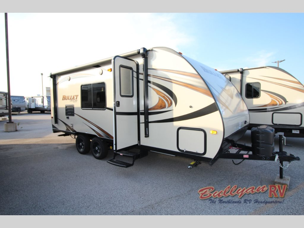 Keystone Bullet Crossfire 2070BH travel trailer exterior