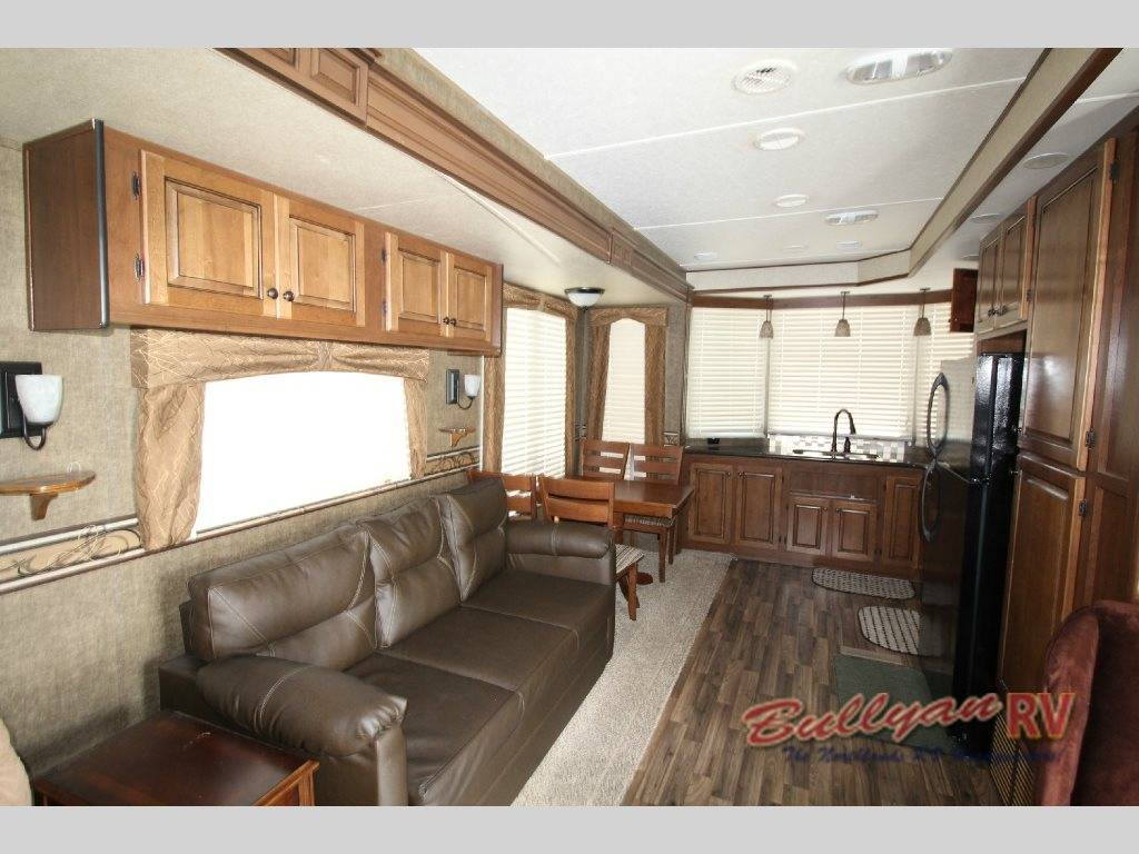 Heartland Fairfield Destination Trailer Interior