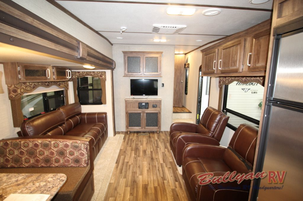 Keystone Cougar X-Lite Interior