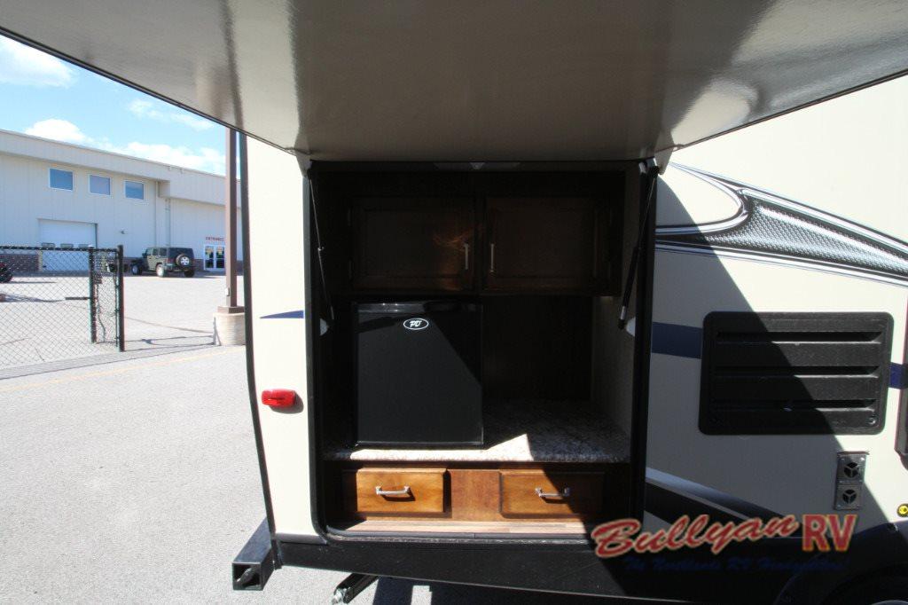 Keystone Outback Ultra Lite Travel Trailer Outdoor Kitchen