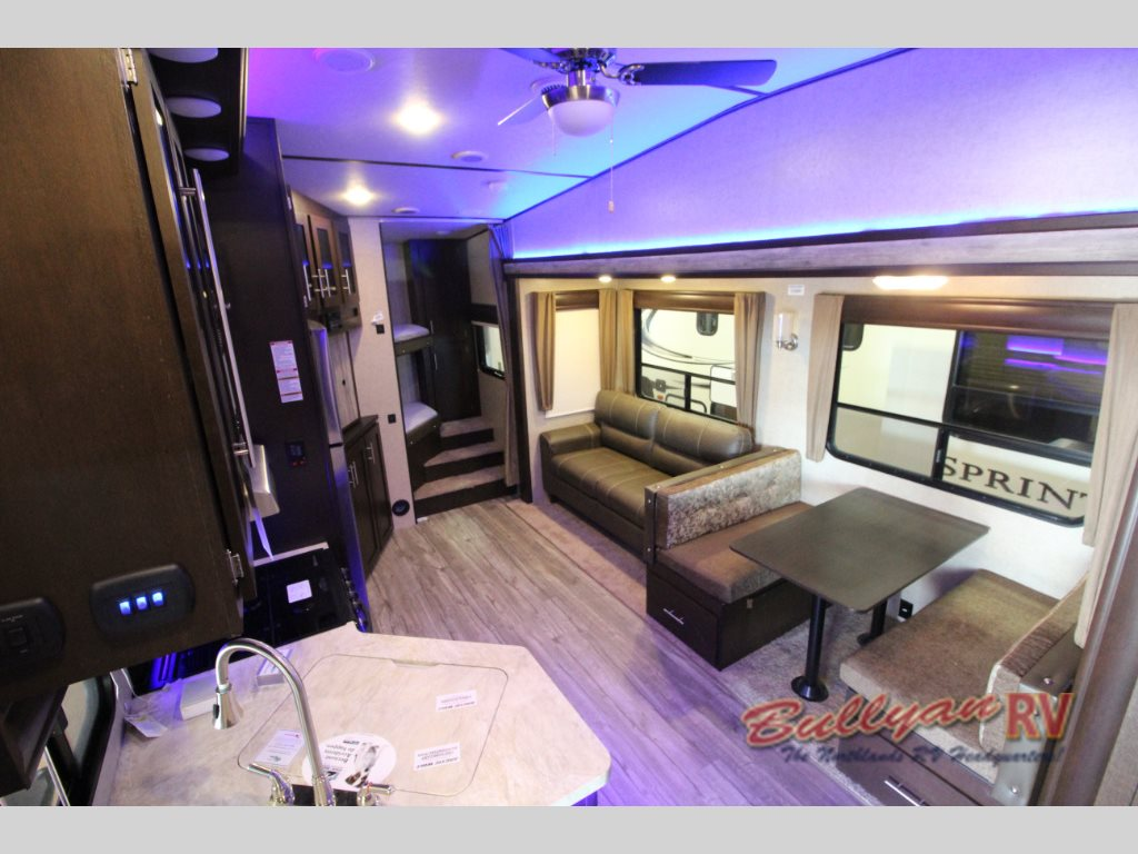 Forest River Cherokee Arctic Wolf 265DBH8 Fifth Wheels Interior