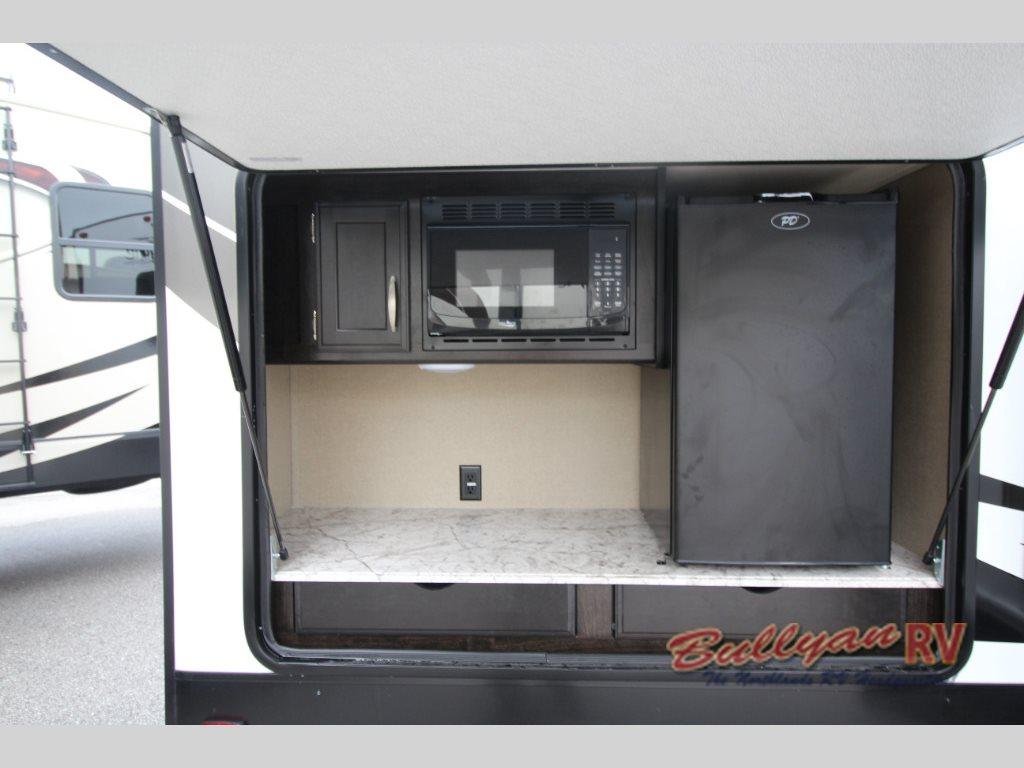 Grand Design Imagine 3150BH Travel Trailer Outdoor Kitchen