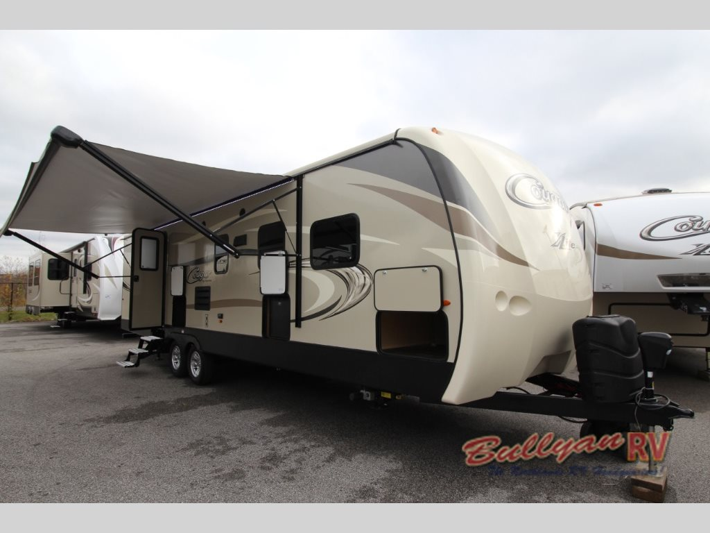 Keystone Cougar X-Lite 32FKB Travel Trailer