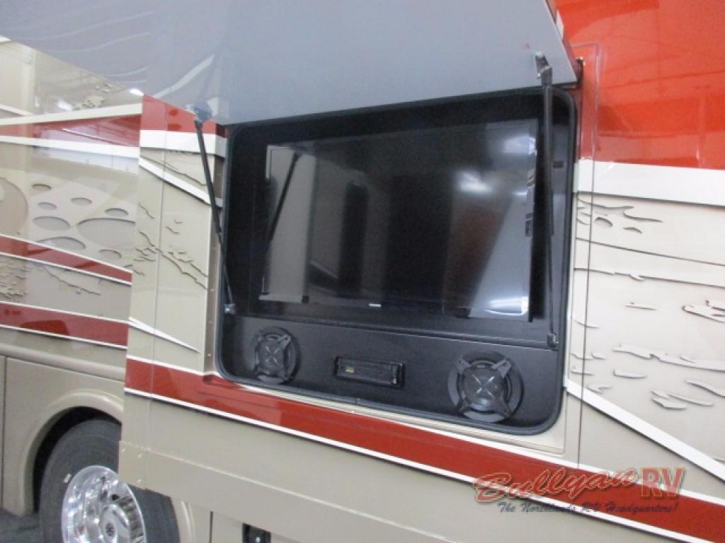 Dynamax DX3 Class C Diesel Motorhome Cockpit