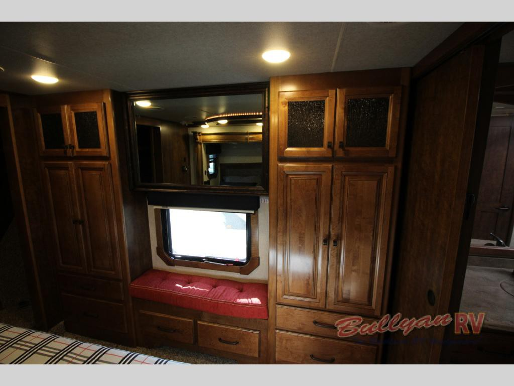 Heartland Landmark 365 Orlando Fifth Wheel Bedroom