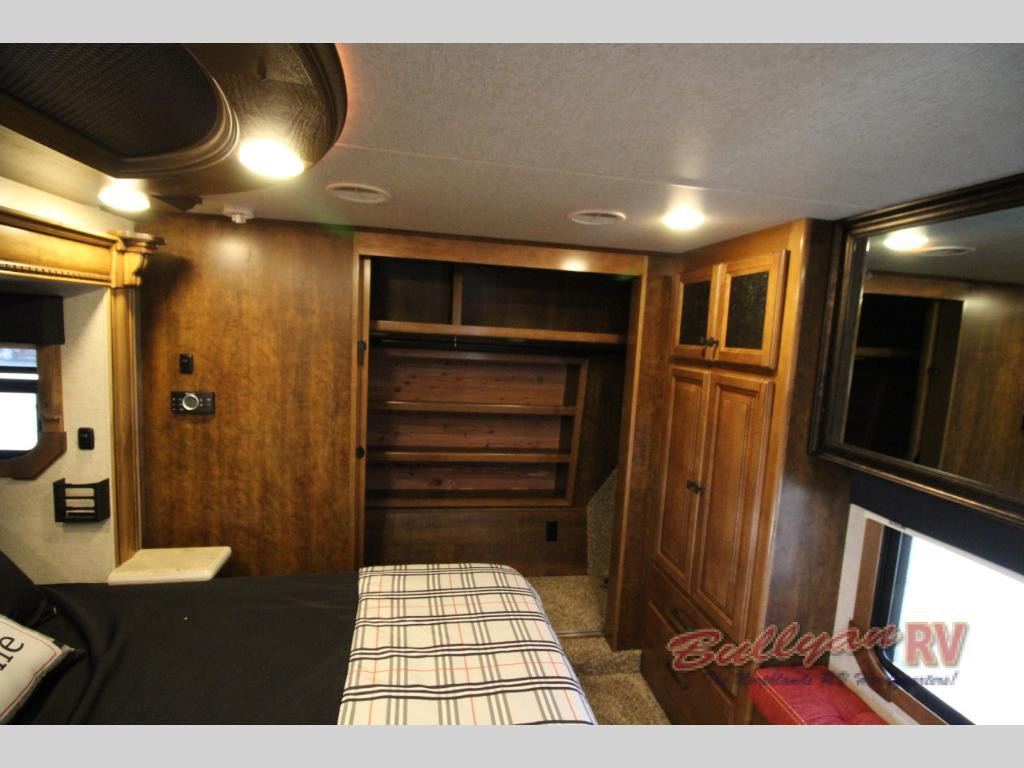 Heartland Landmark 365 Orlando Fifth Wheel Closet