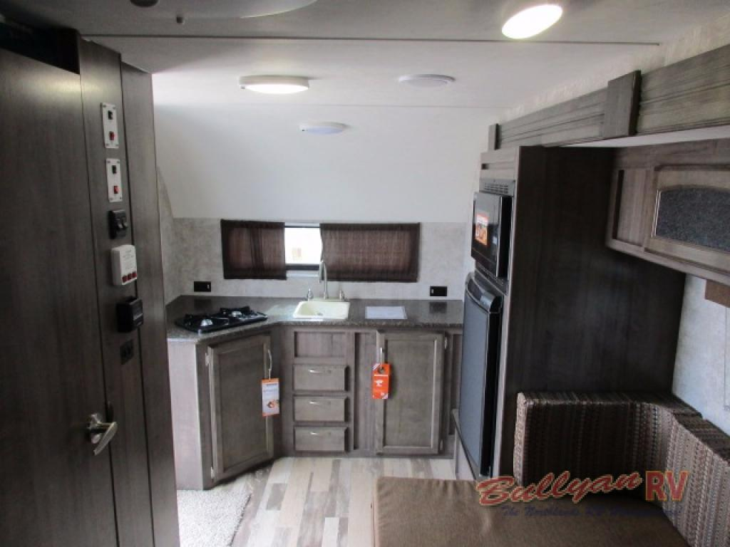 Winnebago Towbles Winnie Drop Travevl Trailer Rear Kitchen