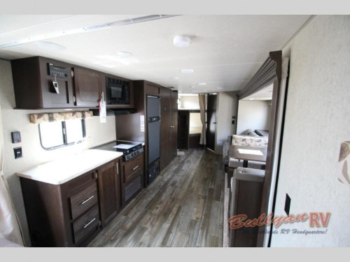 Cherokee Grey Wolf 26CKSE Travel Trailer Interior