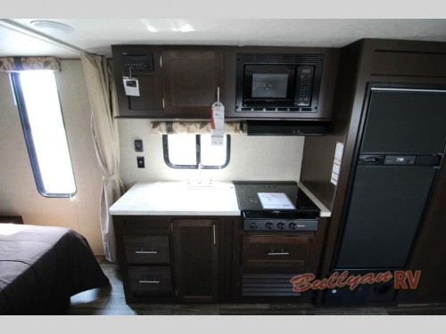 Cherokee Grey Wolf 26CKSE Travel Trailer Kitchen