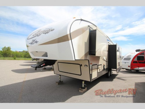 Cougar X-Lite 28SGS Fifth Wheel