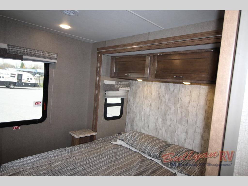 Winnebago Intent Bedroom