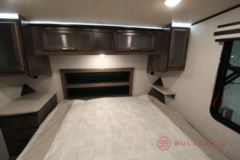 torque 325 bedroom