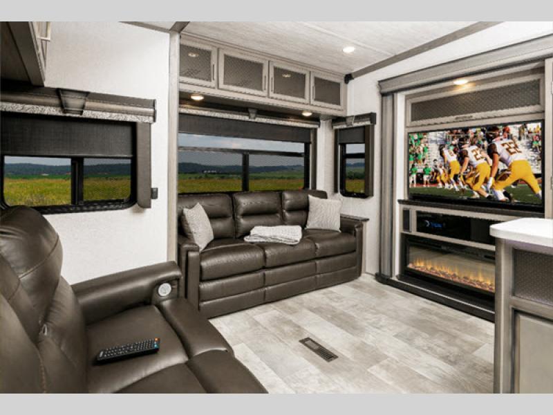 Montana fifth wheel interior