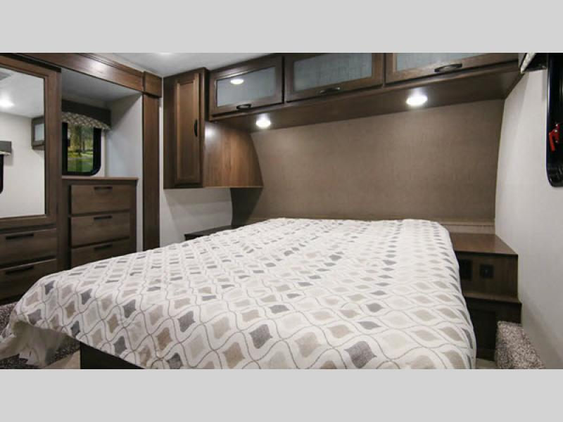 winnebago voyage bedroom